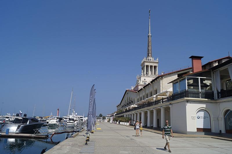 Благоустройство территории перед зданием Морского вокзала