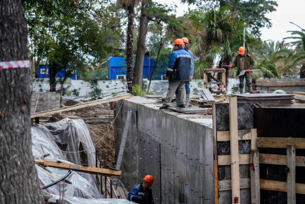 Новый сквер в верхней части Ривьерской набережной откроется в июне