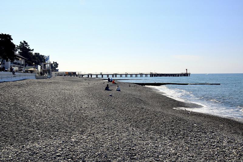 В Сочи готовят пляжи к лету