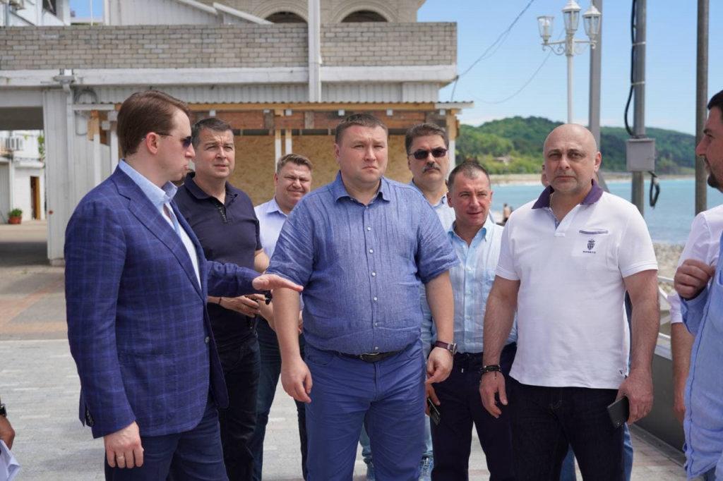 Алексей Копайгородский проинспектировал пляжи в Лазаревском районе