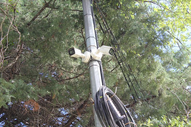 В Сочи в парке на Макаренко установили камеры наружного наблюдения